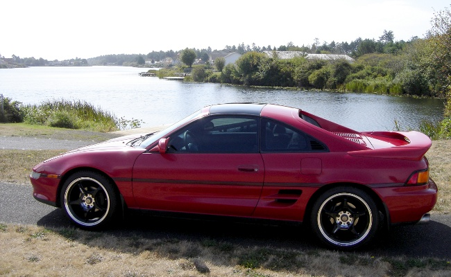 MR2 from side